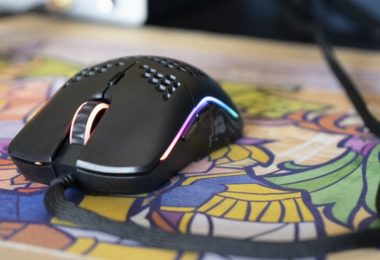 souris-glorious-model-o